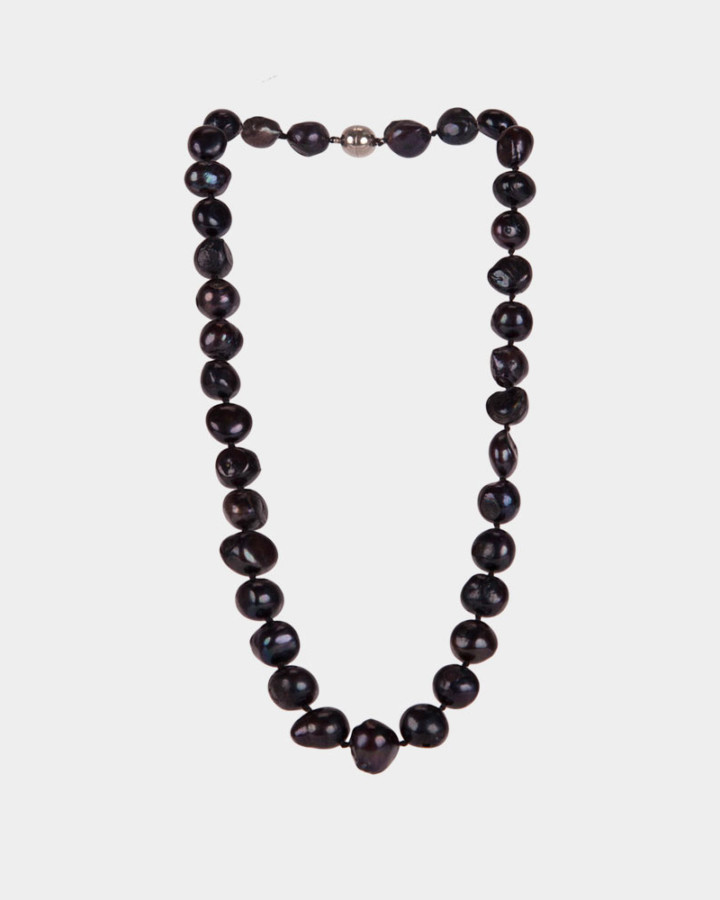 pearl necklace navy