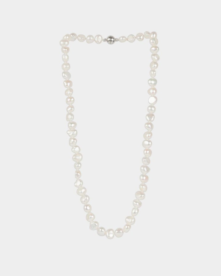 pearl necklace ivory