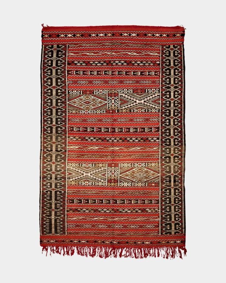 red wool carpet 185 x 125 cm