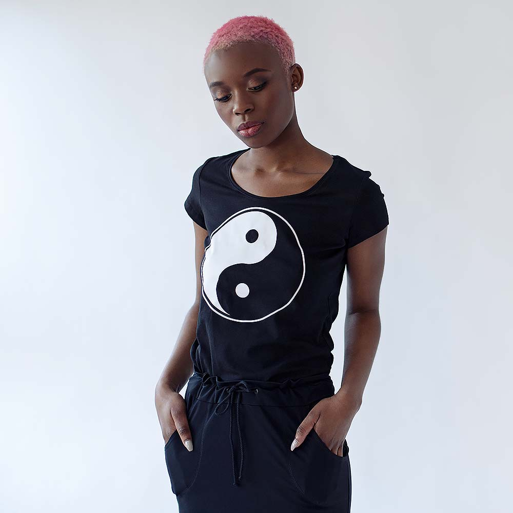 black tee with ying yang sign