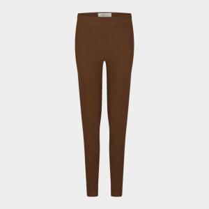 slim fit pants in chestnut