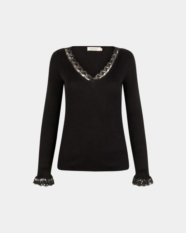 v-neck knitted top in black