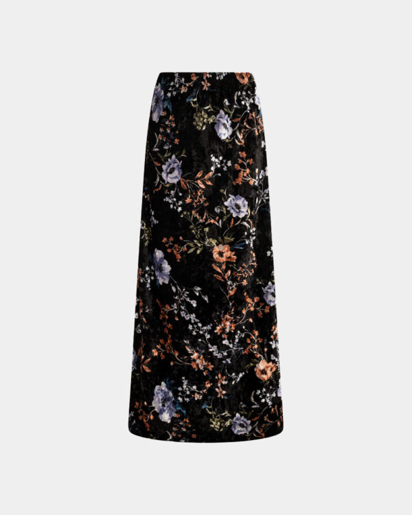 maxi skirt with flowerly print in black
